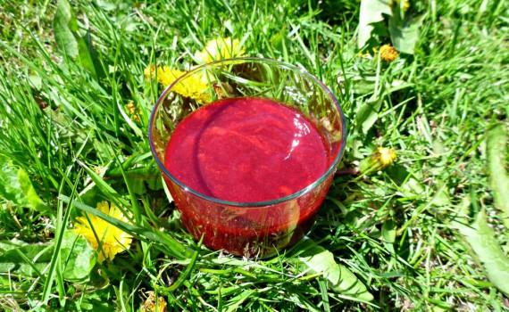 Homemade berry syrup - hjemmelavet bær sirup