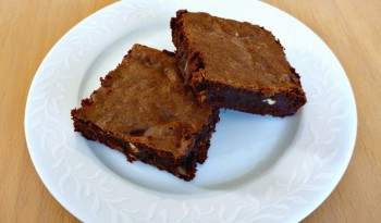 Triple Chocolate Brownies - The Ultimate Chocolate Experience | Brownies med Tre Slags Chokolade